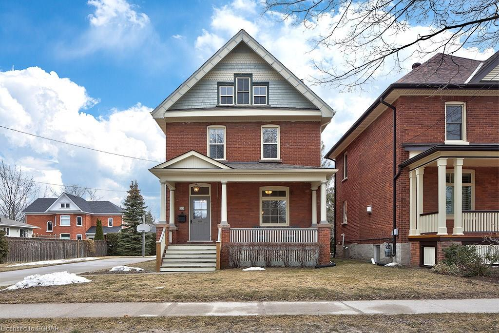 369 Birch St., Collingwood
